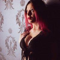 Emma Juss – First Class Women Berlin 80 B Affair Lesbian Games