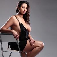 Jenifer Top Prostituierte mit großen Titten in Strapsen