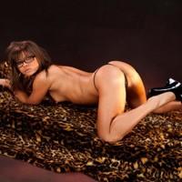 Single Hausfrauen wie Escort Lora für Sex bestellen