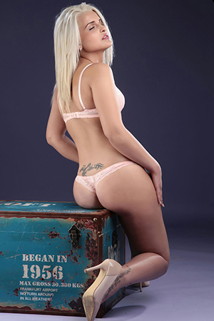 High Class Escort Natali Nymphomanin Anal Sex AV
