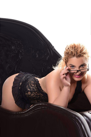 Patricia - Sex From Behind With Plump Escort Women In Berlin