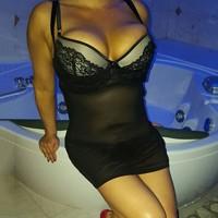 Single Hausfrauen wie Steffi lieben Sex von hinten